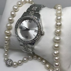 Fashion  bedazzled watch